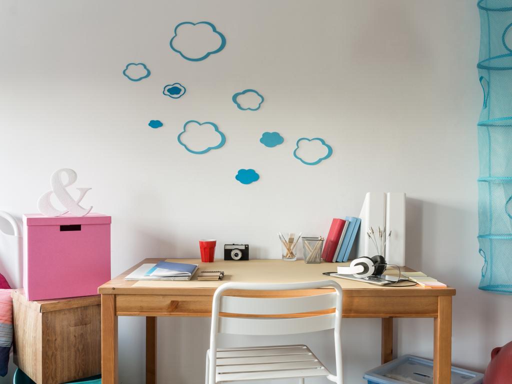 child home workspace desk
